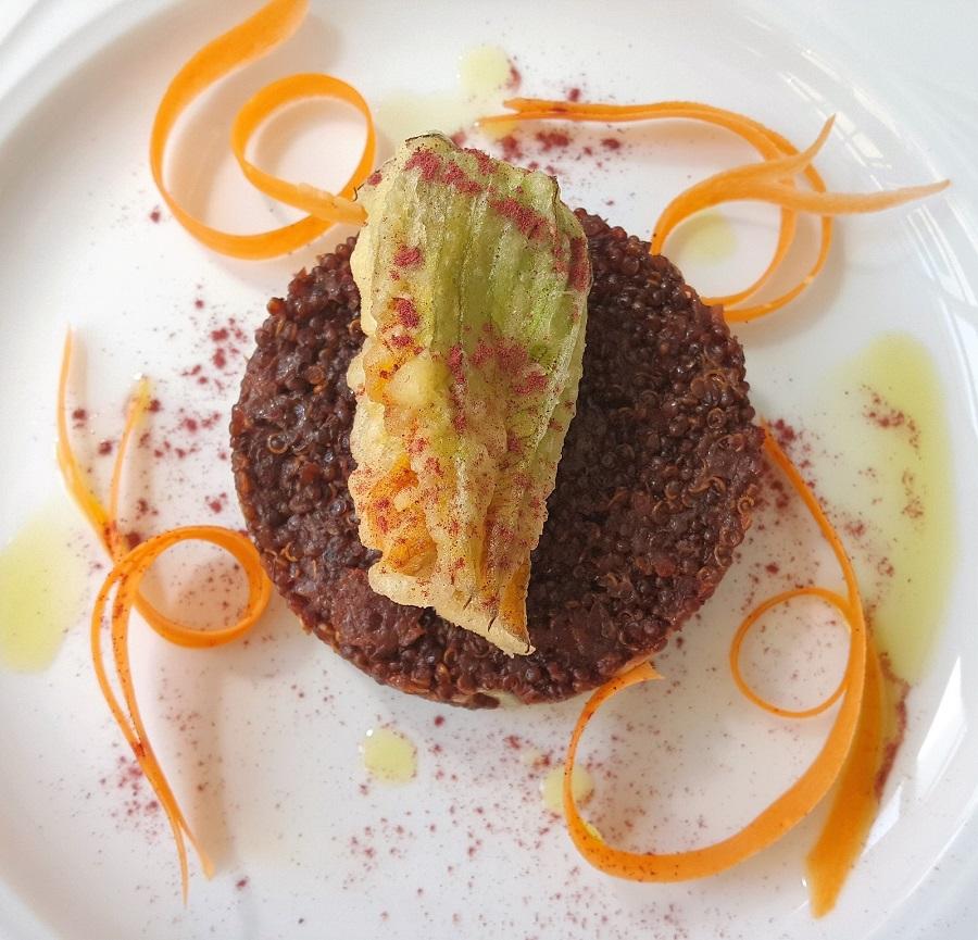 Quinoa rossa alla barbabietola