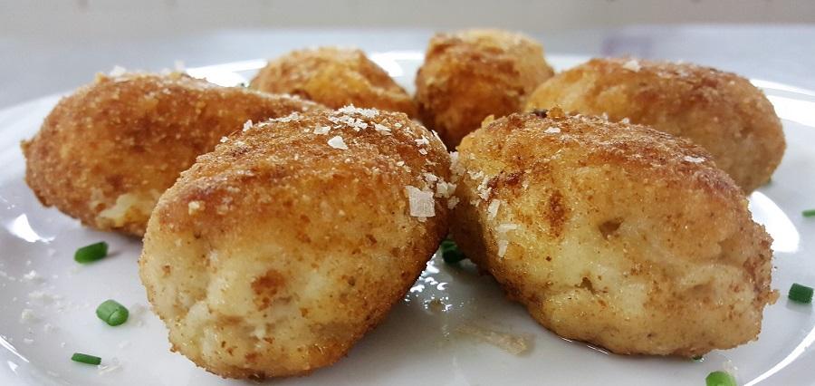 Kotleti pozarskij (crocchette di pollo alla russa)
