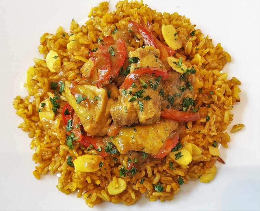 Il vero pollo al curry con riso basmati integrale