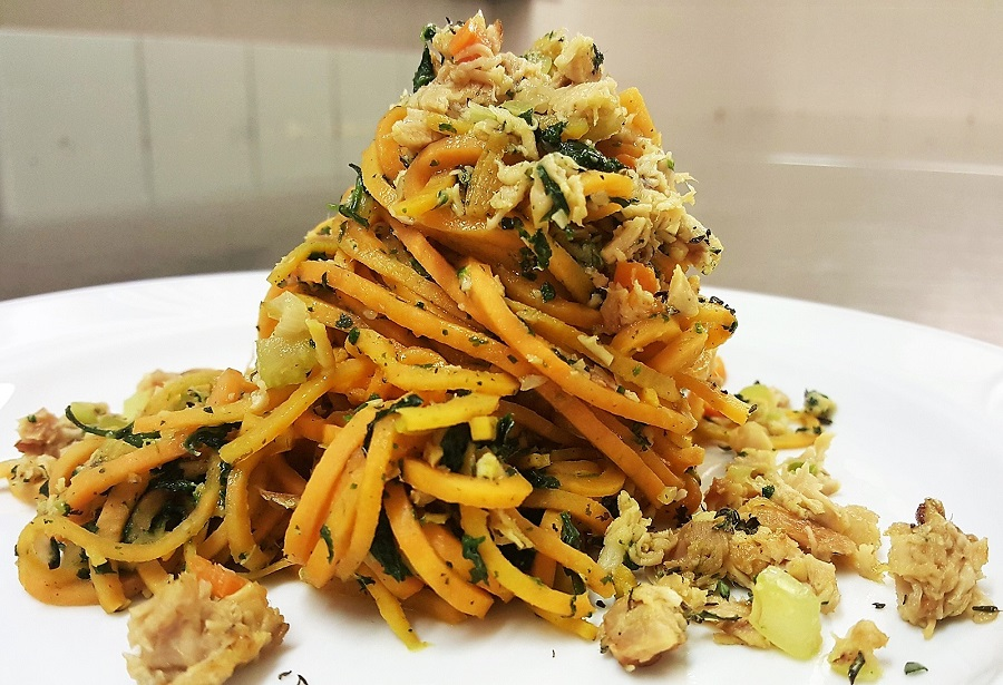 Spaghetti di patate con ragù di coniglio