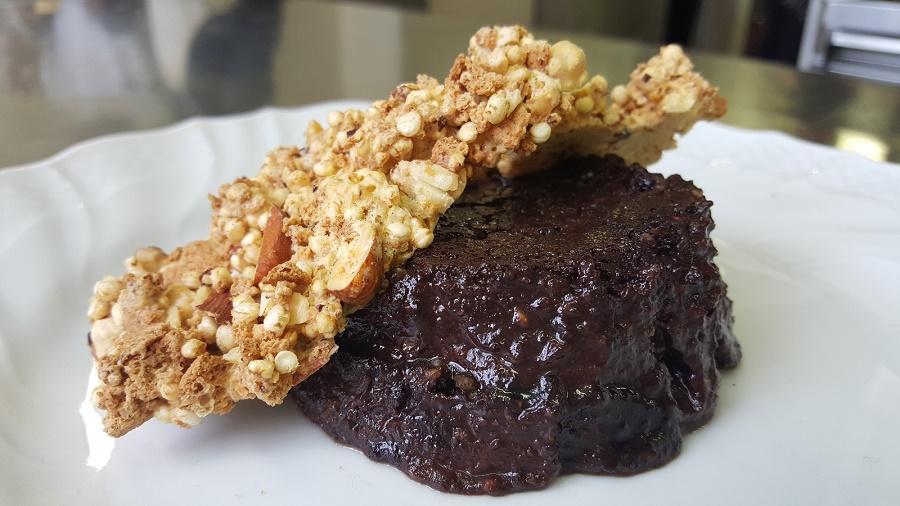 Bunet con crumble alle fave di cacao