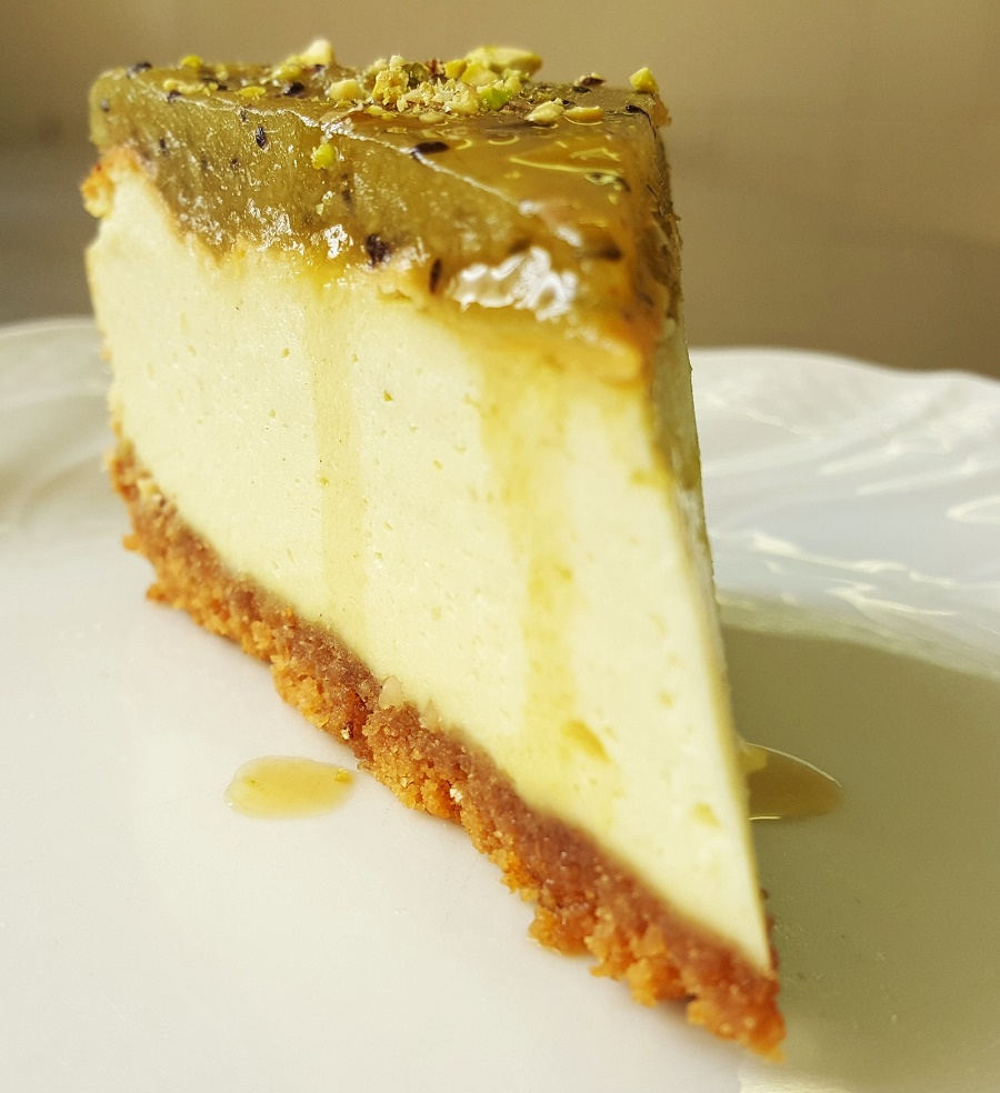 Cheese cake al matcha e gelée di Kiwi