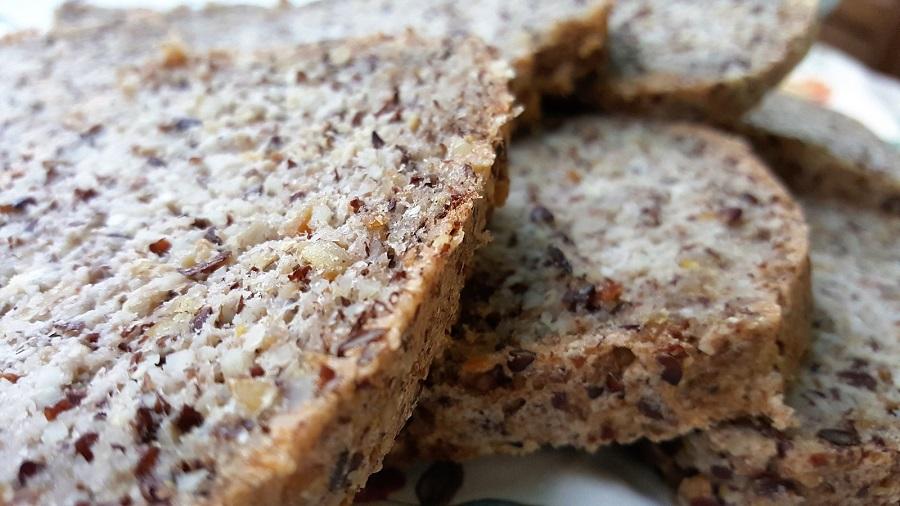 Quick bread di mandorle (senza lievito di birra)