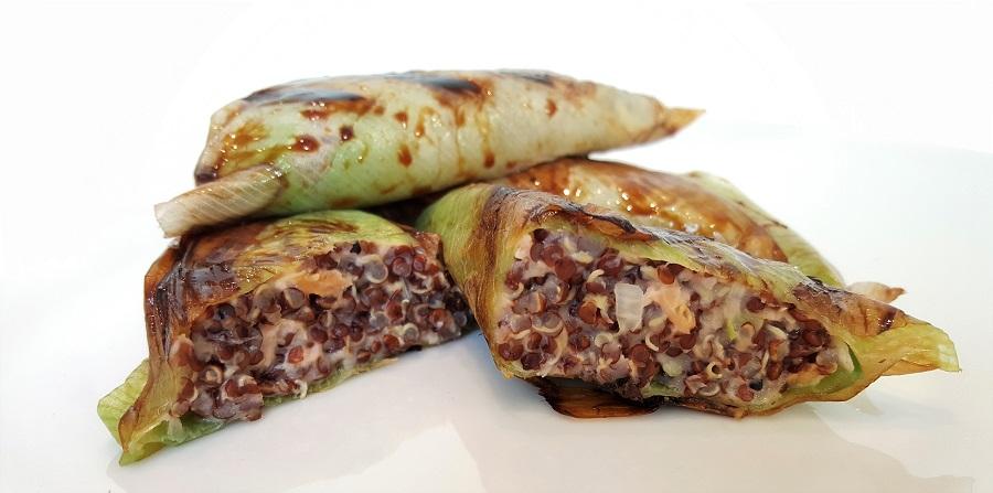 Pacchettini di porri con quinoa rossa e trota salmonata