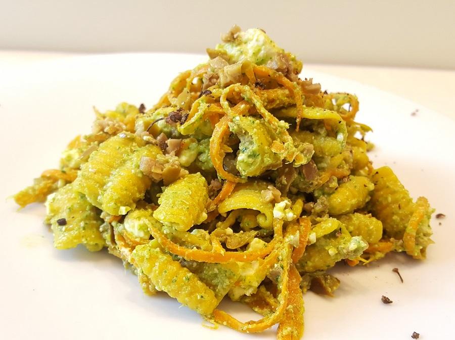 Gnocchetti di riso al pesto di foglie di sedano