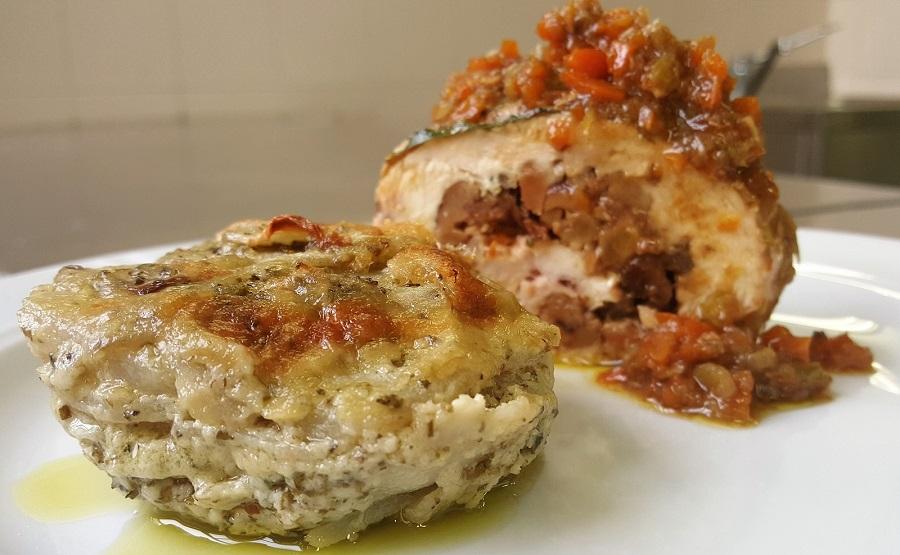 Rollè di pollo con tortino di topinambur