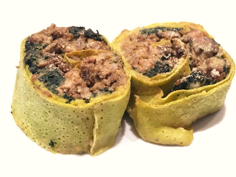Rotolo di crespelle all'emiliana