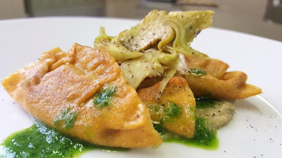 Tortelli di legumi al baccalà e carciofi
